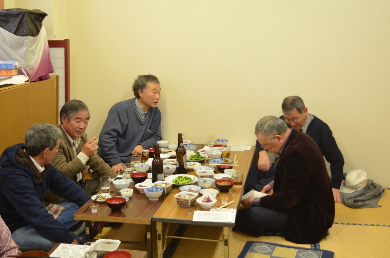 http://hakkaisan-photo.com/nora/s-%E9%A4%85%EF%BC%92%EF%BC%91.jpg
