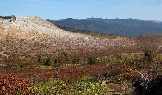 2003.10.10 -B 010 草津白根山.JPG