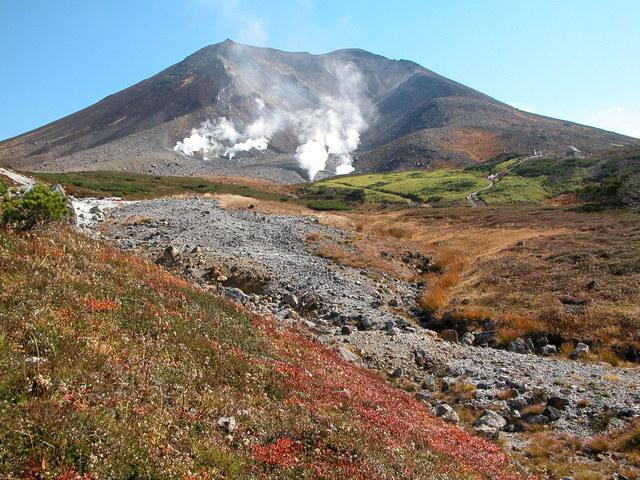 2004.09.27-C 旭岳 029.JPG
