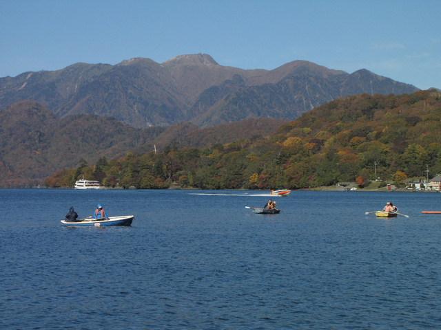 2012.10.20 D -  006 中禅寺湖畔.JPG