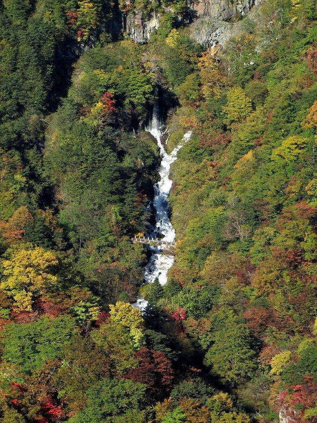 2012.10.20 B -  021 華厳の滝.JPG