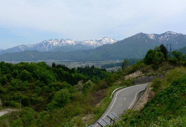 八海山 -  023 十二峠(トンネル).JPG