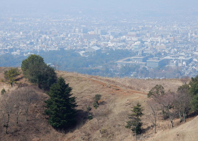 2015.03.30B 14 (10:10から10:45 頃)若草山.jpg