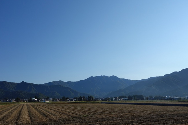 20131014八海山遠景.jpg