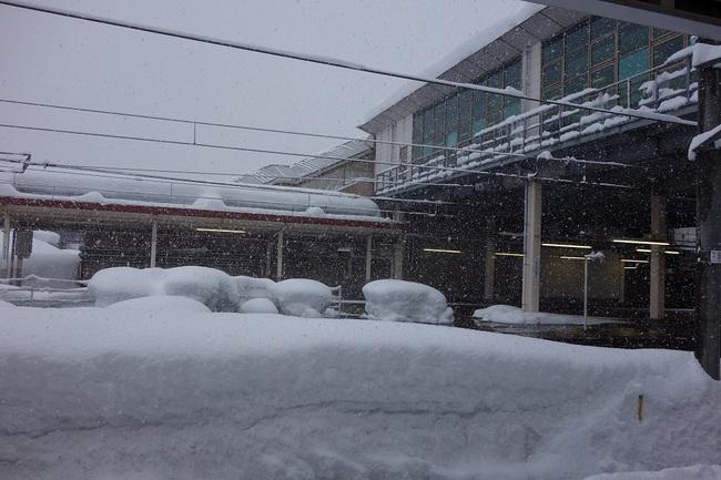 0103新潟六日町駅ホームから.jpg