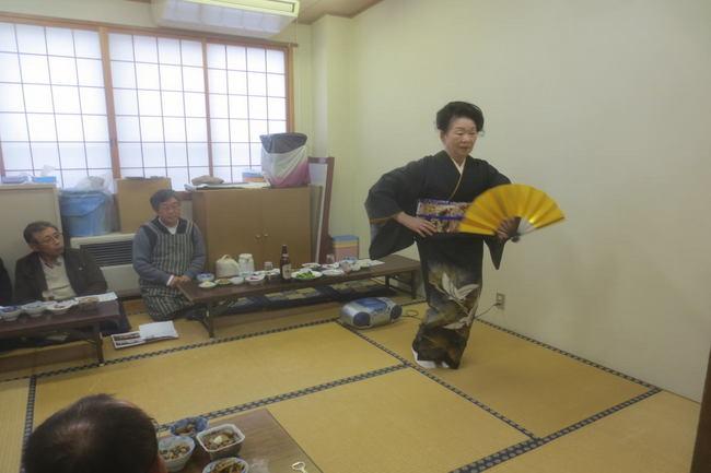 H26-11-23秋もち会踊り.jpg
